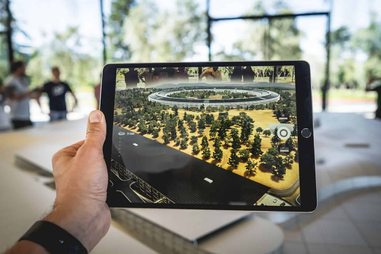 Augmented Reality Mobile App Development Trends 2020